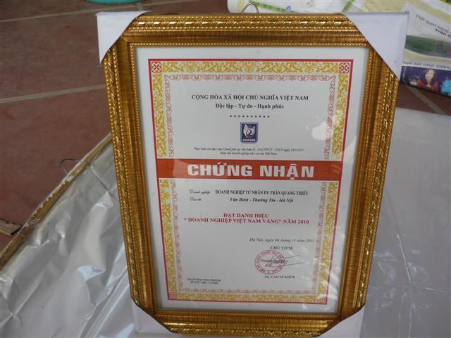 Giay chung nhan Doanh nghiep Viet Nam vang